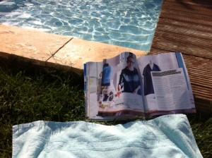 Relaxen aan zwembad